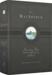 Picture of ESV MacArthur Drawing near 365Devotional